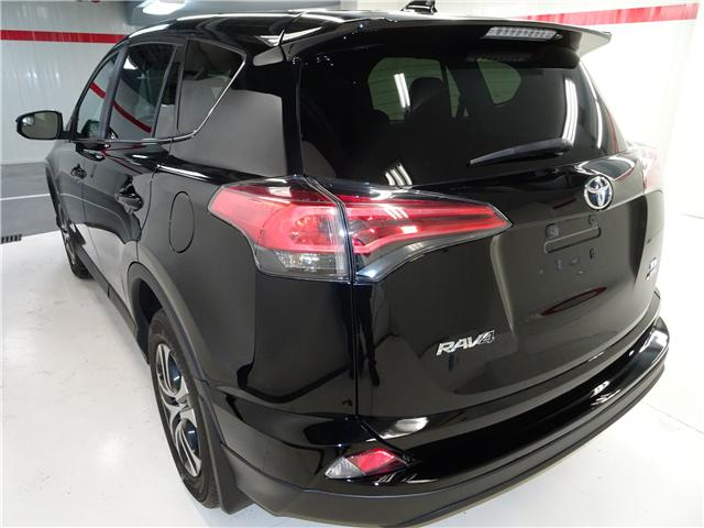 2016 Toyota RAV4 LE (Stk: 36002U) in Markham - Image 4 of 21