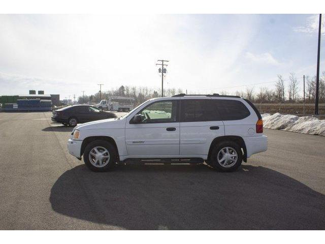 2004 GMC Envoy  (Stk: V746A) in Prince Albert - Image 2 of 11