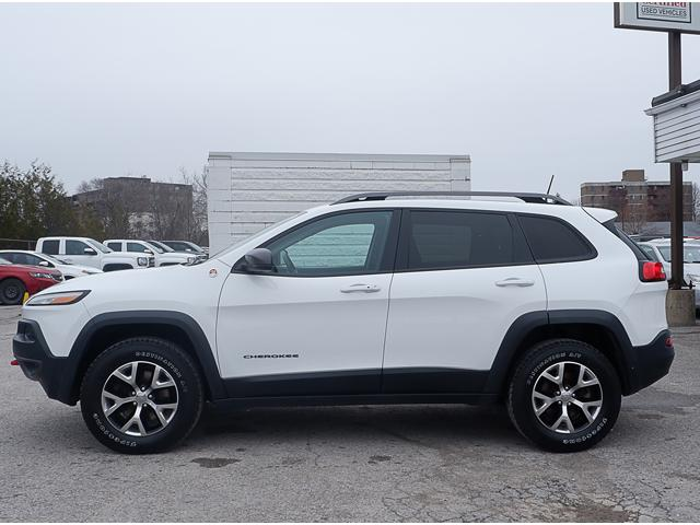 2016 Jeep Cherokee Trailhawk (Stk: 18860B) in Peterborough - Image 2 of 20