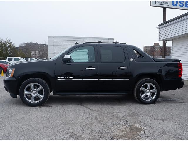 2013 Chevrolet Avalanche LTZ (Stk: 18945A) in Peterborough - Image 2 of 19