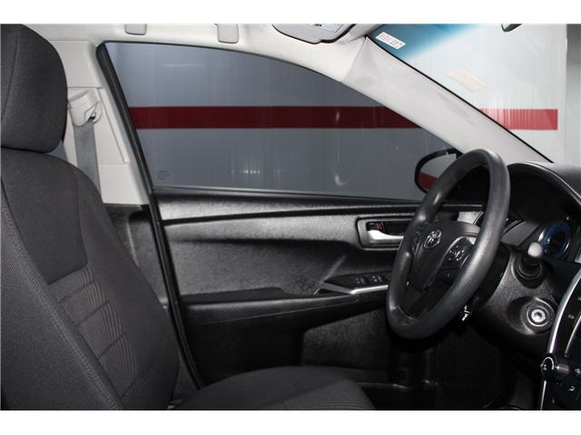 2016 Toyota Camry LE (Stk: 297888S) in Markham - Image 15 of 24