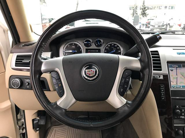 2011 Cadillac Escalade ESV Base (Stk: 971621) in North Vancouver - Image 16 of 26