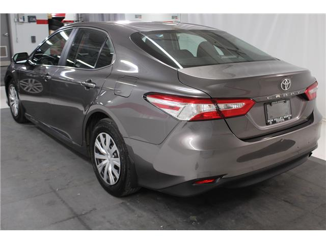 2018 Toyota Camry L (Stk: 297875S) in Markham - Image 17 of 24