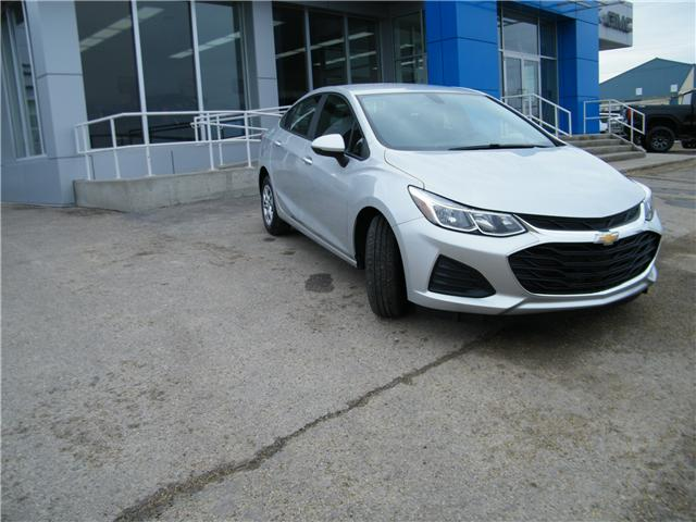 2019 Chevrolet Cruze LS (Stk: 57148) in Barrhead - Image 2 of 15