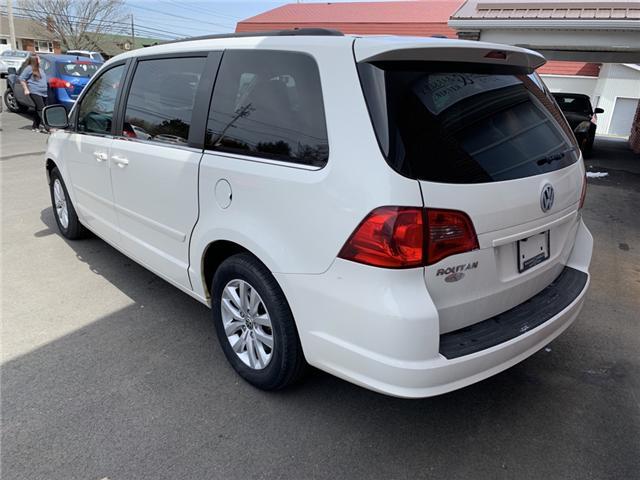 2012 Volkswagen Routan Comfortline (Stk: -) in Truro - Image 2 of 11