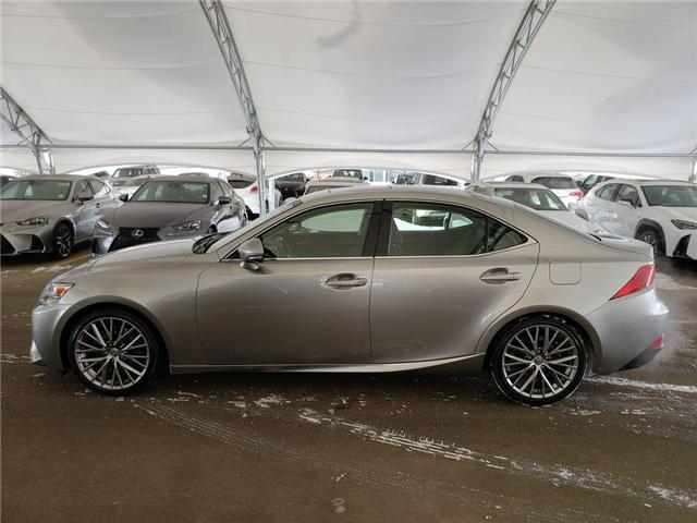 2016 Lexus IS 300 Base (Stk: L19017A) in Calgary - Image 5 of 24