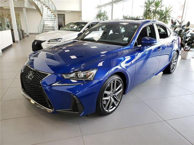 2019 Lexus IS 300 Base (Stk: L19082) in Calgary - Image 2 of 5