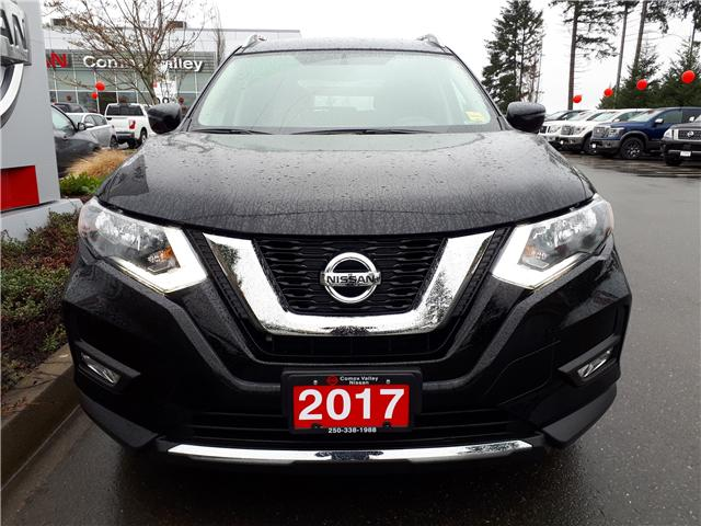 2017 Nissan Rogue SV (Stk: 8F3320A) in Courtenay - Image 2 of 9