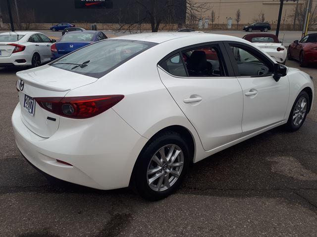 2017 Mazda Mazda3 SE (Stk: B8016A) in Milton - Image 3 of 12