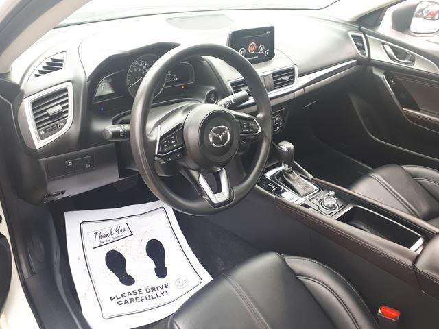 2017 Mazda Mazda3 SE (Stk: B8016A) in Milton - Image 4 of 12