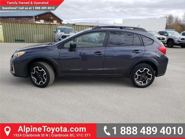 2017 Subaru Crosstrek Touring (Stk: 5672778A) in Cranbrook - Image 2 of 16