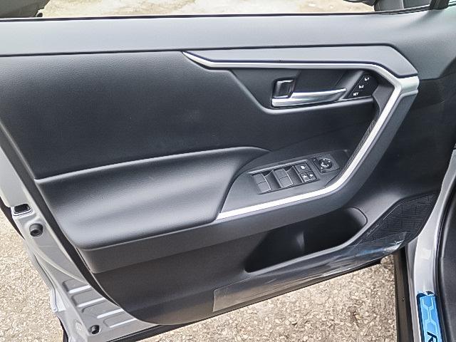 2019 Toyota RAV4 XLE (Stk: 95243) in Waterloo - Image 7 of 17
