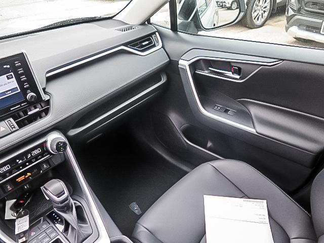 2019 Toyota RAV4 XLE (Stk: 95243) in Waterloo - Image 13 of 17