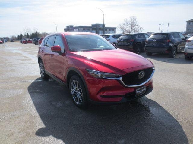 2019 Mazda CX-5 Signature (Stk: M19106) in Steinbach - Image 6 of 41
