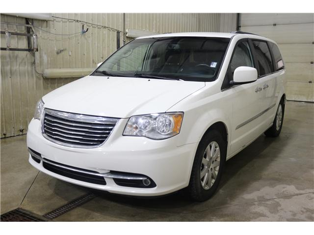 2011 Chrysler Town & Country Touring w/Leather (Stk: KP006) in Rocky Mountain House - Image 1 of 29