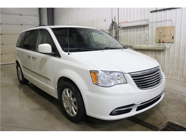2011 Chrysler Town & Country Touring w/Leather (Stk: KP006) in Rocky Mountain House - Image 3 of 29