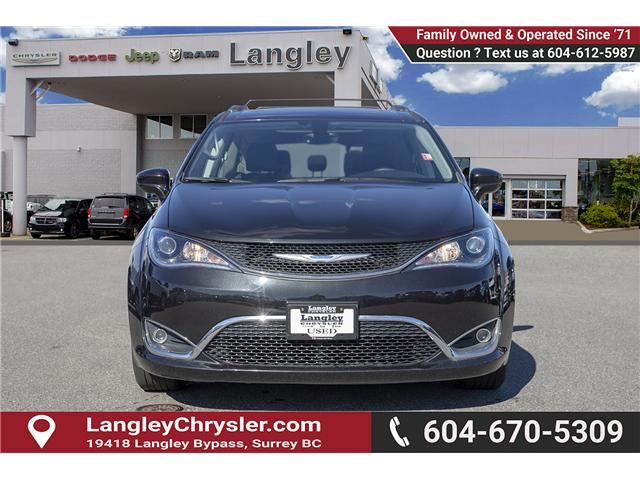 2018 Chrysler Pacifica Touring-L Plus (Stk: EE902120) in Surrey - Image 2 of 19