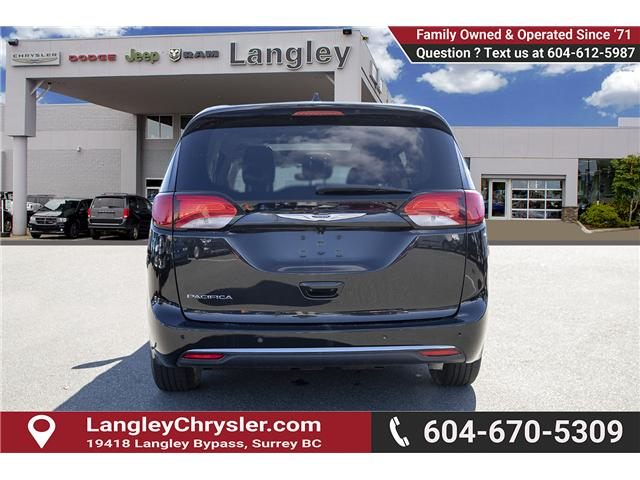 2018 Chrysler Pacifica Touring-L Plus (Stk: EE902120) in Surrey - Image 5 of 19