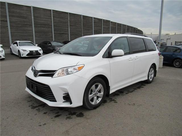 2018 Toyota Sienna LE 8-Passenger (Stk: 16112A) in Toronto - Image 1 of 13