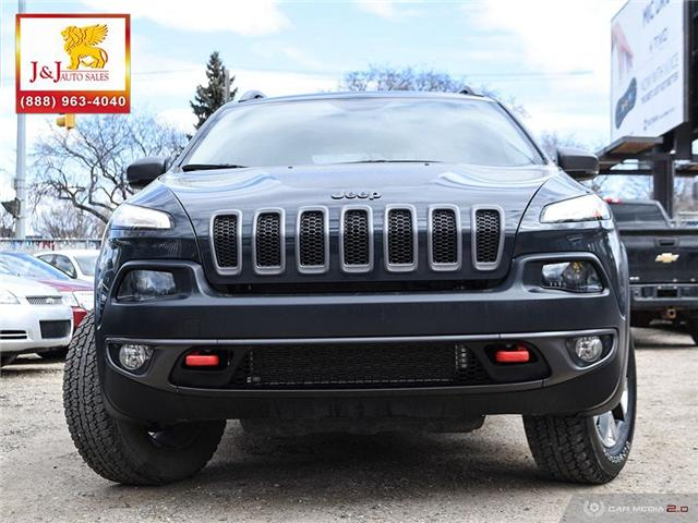 2017 Jeep Cherokee Trailhawk (Stk: J16124) in Brandon - Image 2 of 27