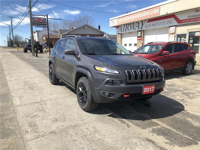 2016 Jeep Cherokee Trailhawk (Stk: -) in Garson - Image 1 of 8