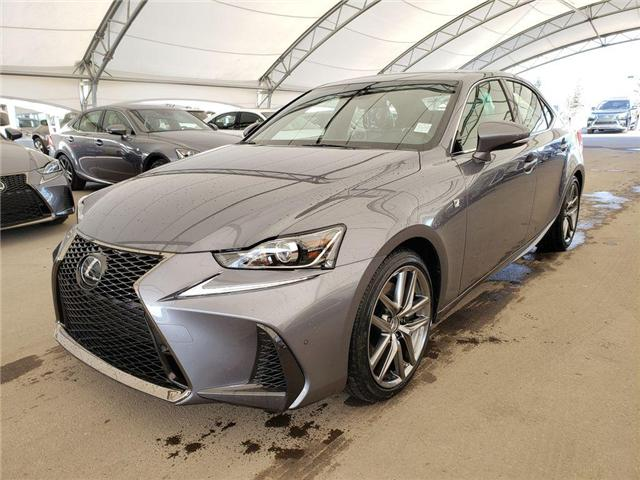 2019 Lexus IS 300 Base (Stk: L19407) in Calgary - Image 2 of 5
