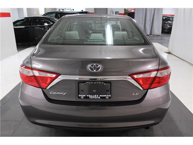 2015 Toyota Camry LE (Stk: 297803S) in Markham - Image 20 of 24