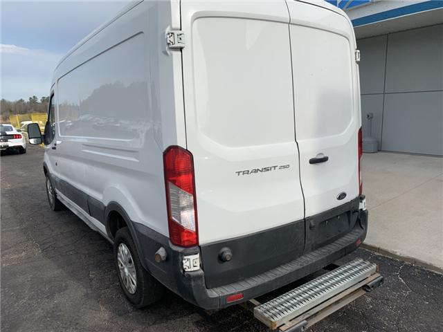 2015 Ford Transit-250 Base (Stk: 21679) in Pembroke - Image 3 of 12