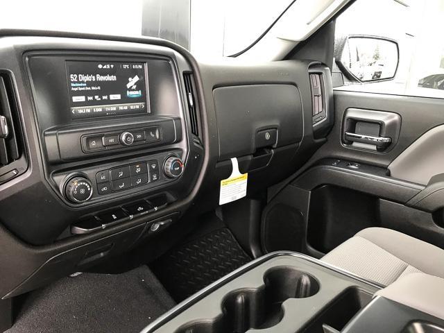 2019 Chevrolet Silverado 1500 LD Silverado Custom (Stk: 9L26460) in North Vancouver - Image 8 of 13