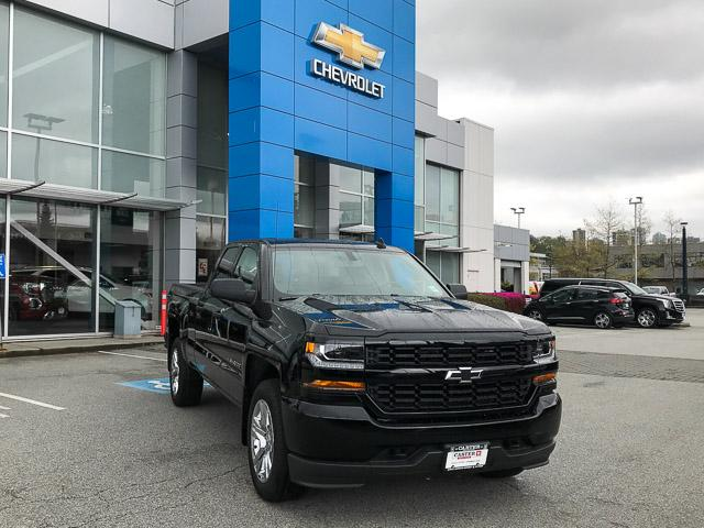 2019 Chevrolet Silverado 1500 LD Silverado Custom (Stk: 9L26460) in North Vancouver - Image 2 of 13
