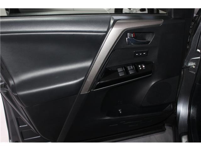 2018 Toyota RAV4 Hybrid Limited (Stk: 297945S) in Markham - Image 5 of 27