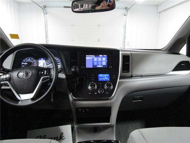 2019 Toyota Sienna LE 8-Passenger (Stk: F170627) in Regina - Image 29 of 35