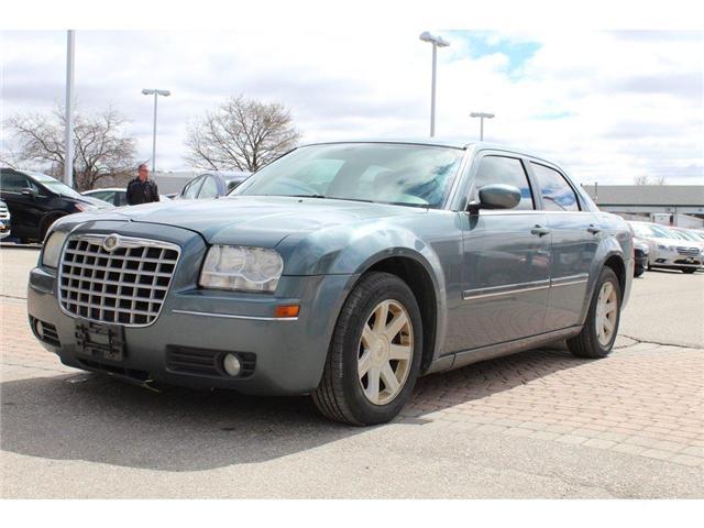 2005 Chrysler 300 Base (Stk: 606219) in Milton - Image 1 of 9