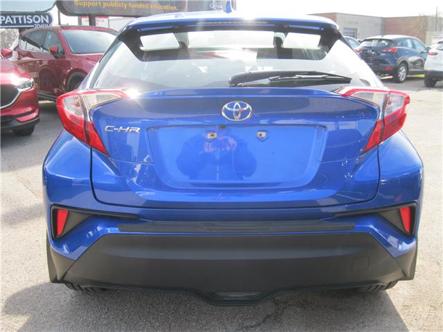 2018 Toyota C-HR XLE (Stk: 00558) in Stratford - Image 4 of 22