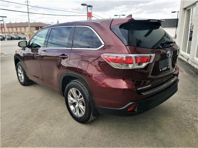 2016 Toyota Highlander LE (Stk: P02596) in Timmins - Image 5 of 11