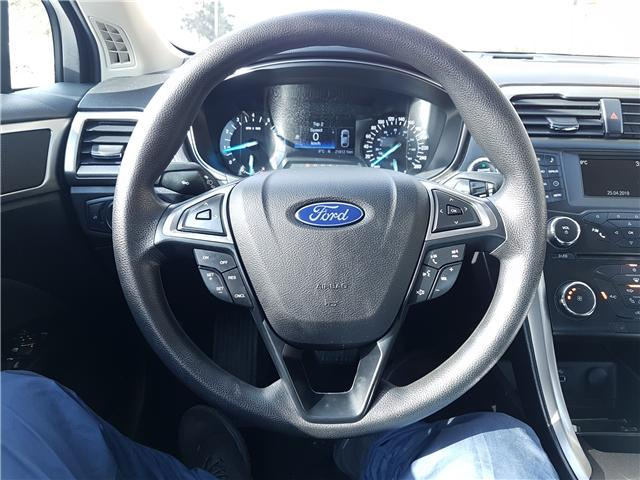 2017 Ford Fusion SE (Stk: N2900) in Calgary - Image 3 of 26