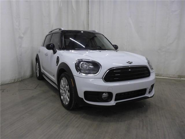 2017 MINI Countryman Cooper (Stk: 19041677) in Calgary - Image 1 of 29