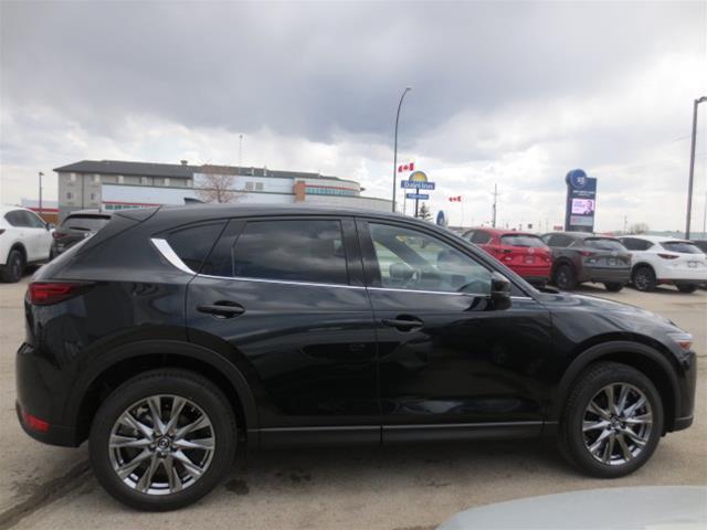 2019 Mazda CX-5 Signature (Stk: M19091) in Steinbach - Image 4 of 22