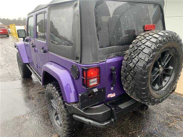 2017 Jeep Wrangler Unlimited Sahara (Stk: 21745) in Pembroke - Image 3 of 10