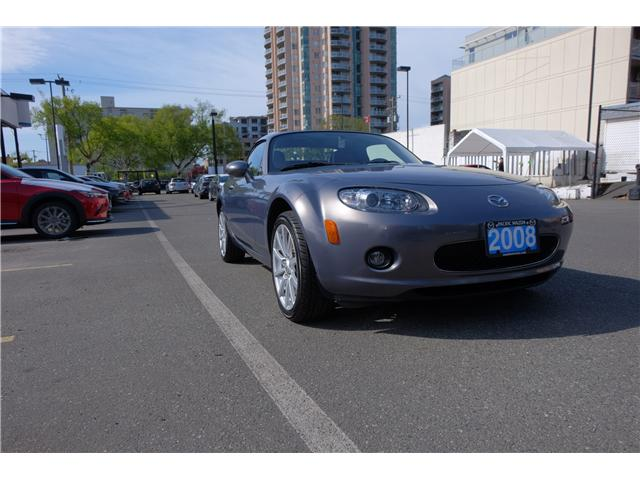 2008 Mazda MX-5 GT (Stk: 426408A) in Victoria - Image 1 of 14