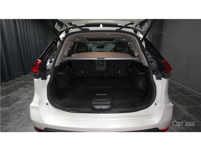 2017 Nissan Rogue SL Platinum (Stk: CJ19-193) in Kingston - Image 6 of 36