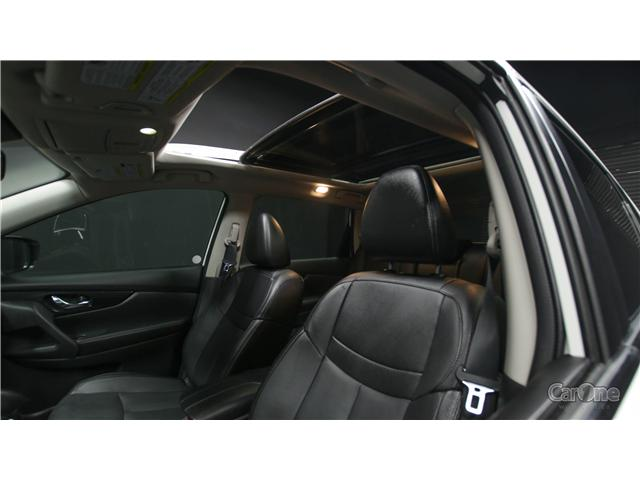 2017 Nissan Rogue SL Platinum (Stk: CJ19-193) in Kingston - Image 12 of 36