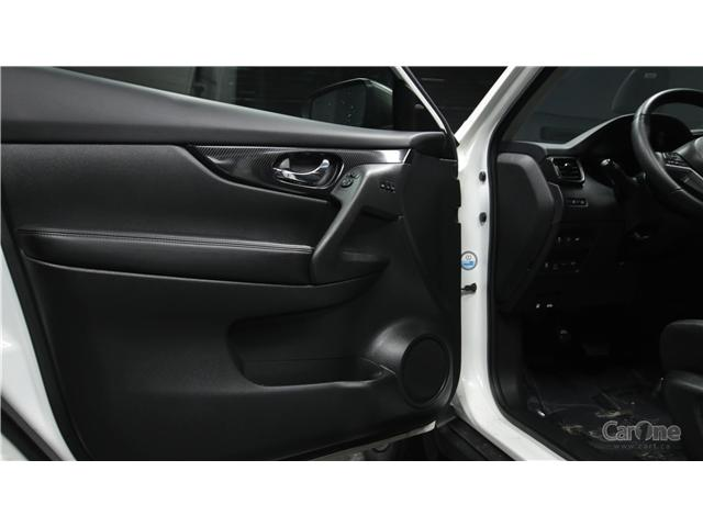 2017 Nissan Rogue SL Platinum (Stk: CJ19-193) in Kingston - Image 13 of 36
