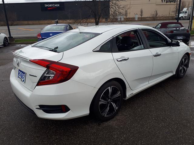 2016 Honda Civic Touring (Stk: H1829A) in Milton - Image 2 of 11
