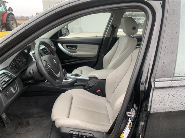 2014 BMW 320i xDrive (Stk: 21769) in Pembroke - Image 5 of 11
