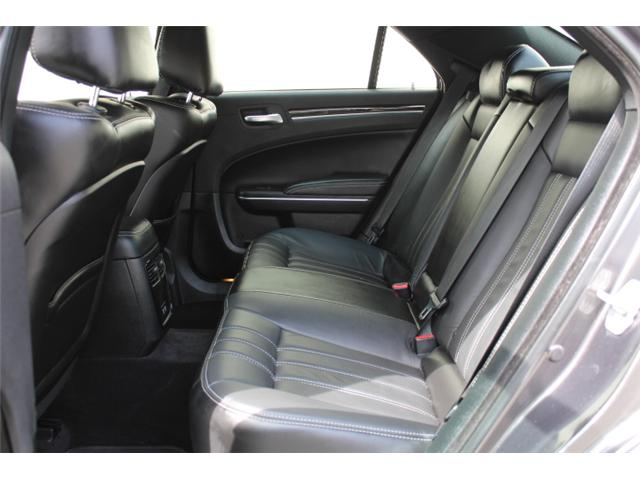 2018 Chrysler 300 S (Stk: H195610) in Courtenay - Image 6 of 30
