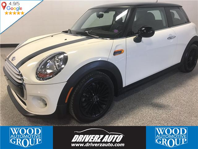 2015 MINI 3 Door Cooper (Stk: P11994) in Calgary - Image 1 of 13