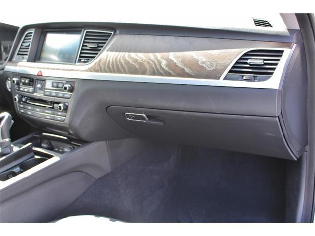 2015 Hyundai Genesis 3.8 Technology (Stk: ) in Leamington - Image 11 of 29