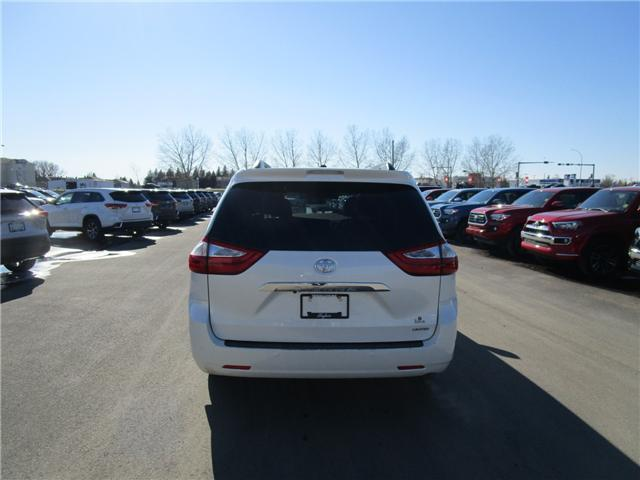 2017 Toyota Sienna Limited 7-Passenger (Stk: 19913711) in Moose Jaw - Image 5 of 47