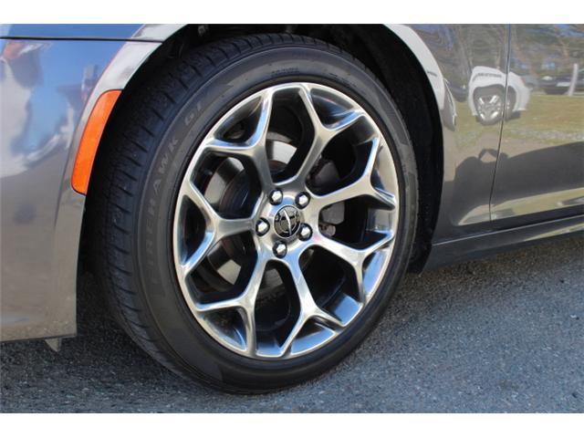 2018 Chrysler 300 S (Stk: H195610) in Courtenay - Image 21 of 30